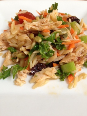 Delicate and hearty: Asian Orzo Salad